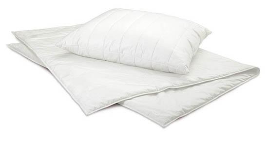 Centa-Star-Dynamic-Kissen-Abbildung-mit-Sommerbett-Leicht-Bett