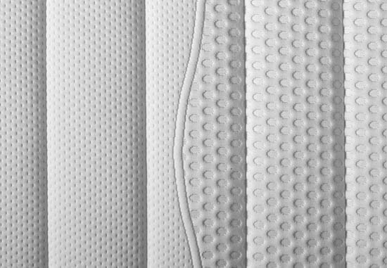 Selecta-L4-Latexmatratze-Detailansicht-Bezug