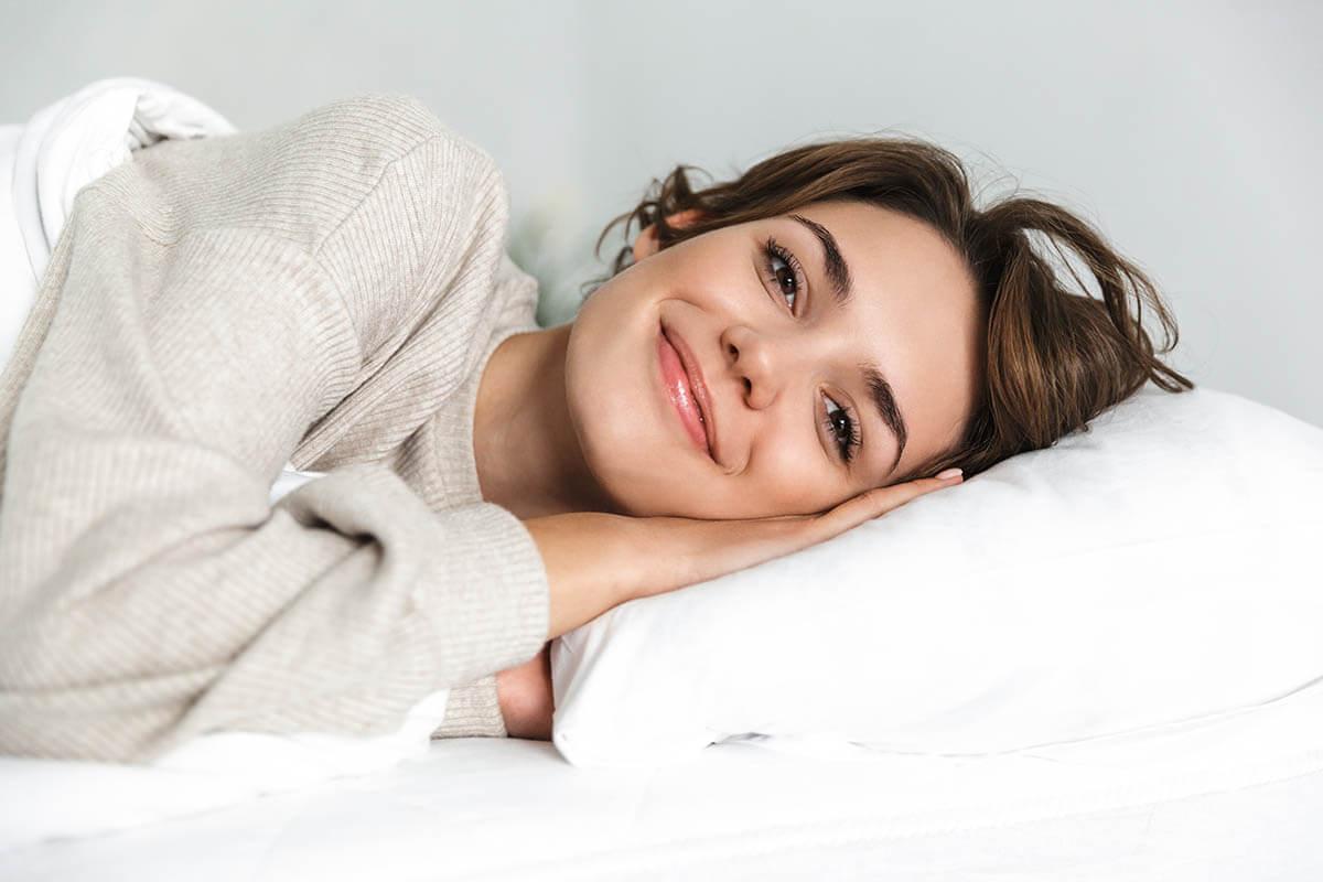 Kopfkissen-fuer-entspannten-Schlaf-und-optimale-Unterstuetzung