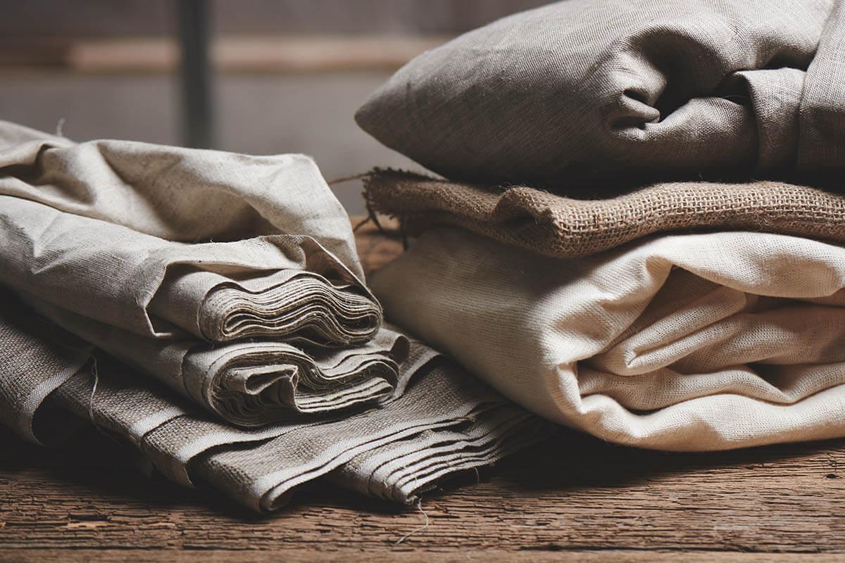 Textile-Nutzpflanze-Hanf-und-Hanf-Bettwaesche
