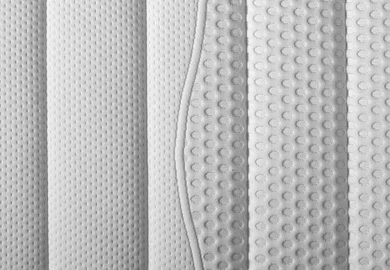Selecta-ST6-Kaltschaummatratze-Detailansicht-Bezug