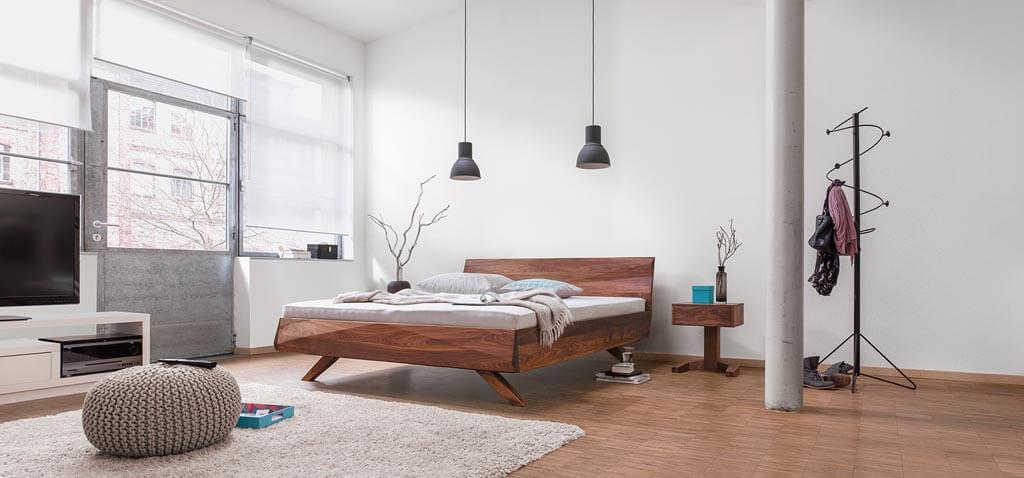 Dormiente-Massivholzbett-Gabo-Ambiente