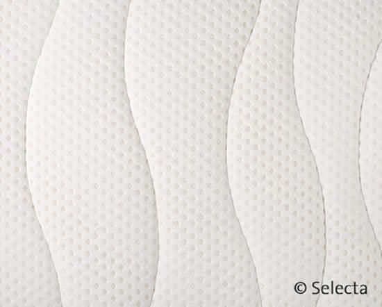 Selecta-V6-Kaltschaum-Visco-Matratze-Detailansicht-Bezug
