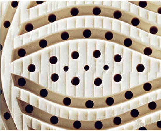 Roewa-Legra-Smaragd-Latexmatratze-Detailansicht-Latexkern