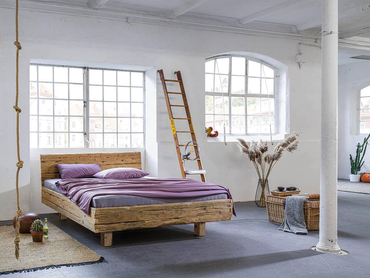 Dormiente-Massivholzbett-Veteris-1-komplett-metallfrei