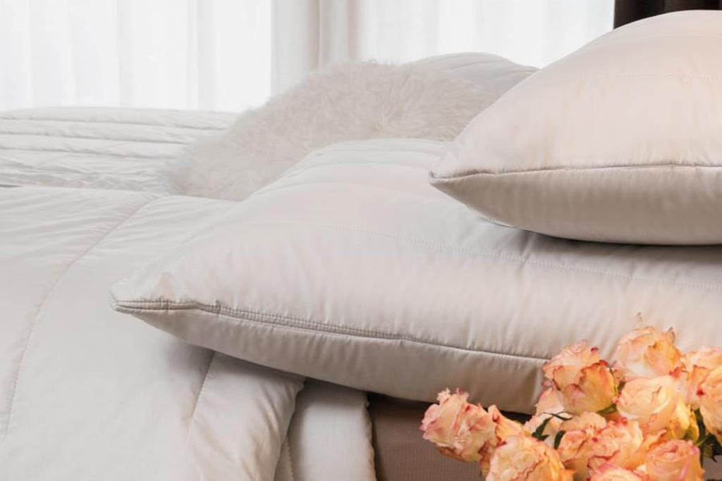 Centa-Star-Sensual-Winterbett-Duo-Bett-Kamelhaar-Ambiente