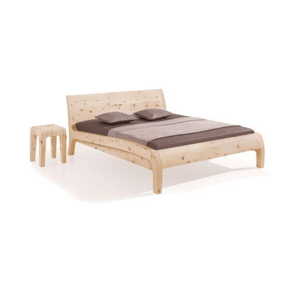 Dormiente Massivholzbett Beluga