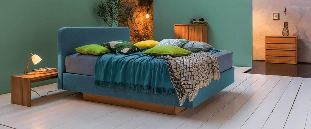 Hochwertige-Doppelbetten-online-kaufen-Abbildung-zeigt-dormiente-Polsterbett-Stella